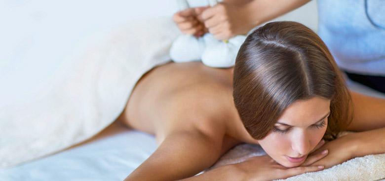 Отпускащи здравословени масажи и компреси с черноморска луга